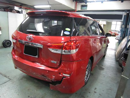 Toyota_Wish_New_Be4_Repair1